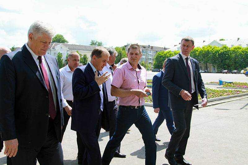 В Брянске проверят законность «прописки» киосков на Московском проспекте