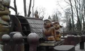 Брянские парки подготовили детям сюрпризы
