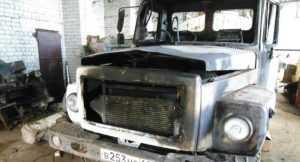 В брянской деревне сгорел грузовик