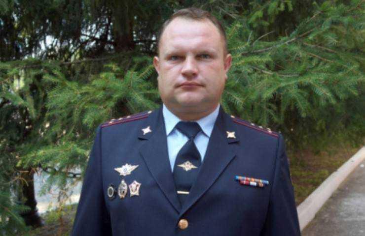 Брянское УМВД возмутила информация об оставленном без награды полицейском-герое