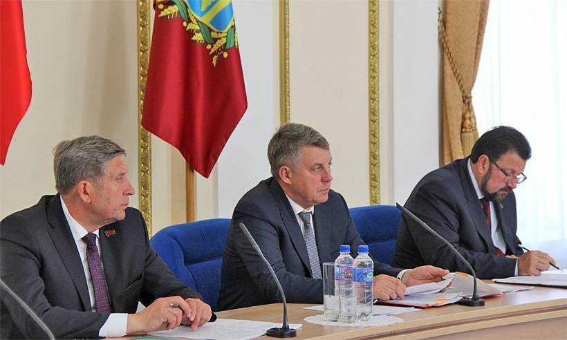 Брянский губернатор встряхнул аппарат правительства