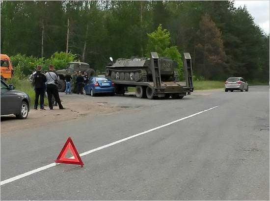 В Брянске опровергли сведения о пострадавшем в ДТП с военной техникой