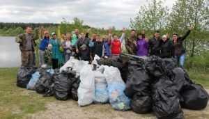 Брянские волонтёры обвинили главу района Лучкина в присвоении их заслуг