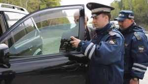 В Брянске более 100 водителей наказали за тонировку