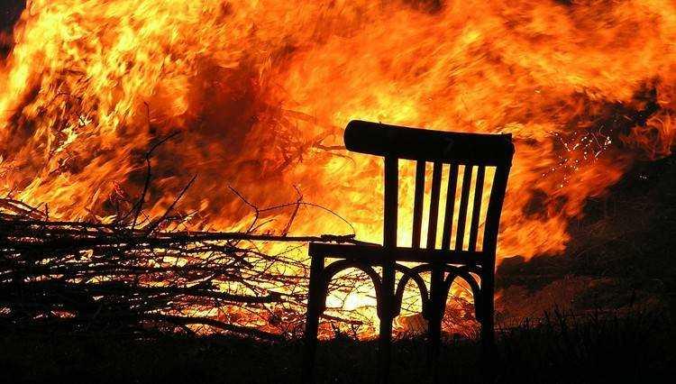 В брянском селе огонь лишил семью ужина