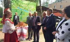 Александр Богомаз поздравил брянское землячество в Москве