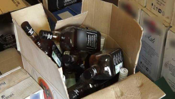 Брянский суд лишил свободы четверых торговцев поддельным алкоголем