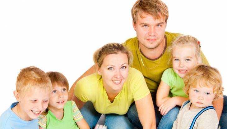 Юристы «Семей России» помогут многодетным родителям из Брянска