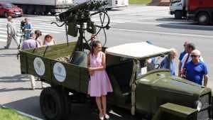 Брянцы встретили легендарную «Эмку» в колонне автопробега