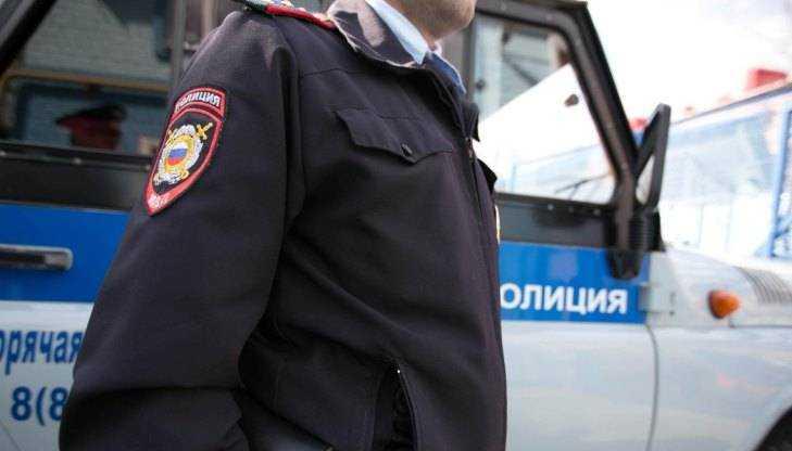 Наказан директор брянской фирмы, взявший на работу экс-полицейского