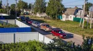 В Брянске движение вокруг вожделенного озера Орлик увязло в заторах