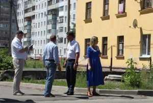 Глава Брянска велел обновить дорогу возле гимназии № 4