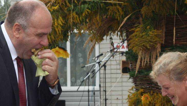 Сенсация: депутат Бугаев будет главным брянским мороженщиком