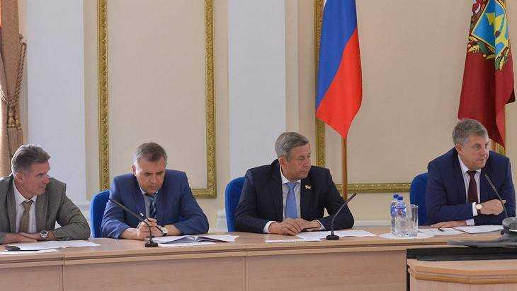 Брянский губернатор высказал недовольство антикоррупционной работой