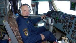 Погибший в Сибири брянский лётчик спасал людей от огня и терактов