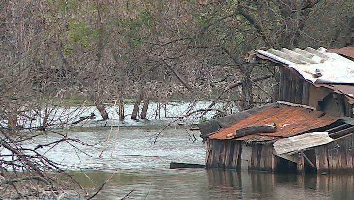 Озеро в 5 микрорайоне Брянска осушат за народные миллионы