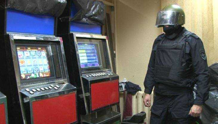 На брянского дельца завели дело за игровой салон в гостинице