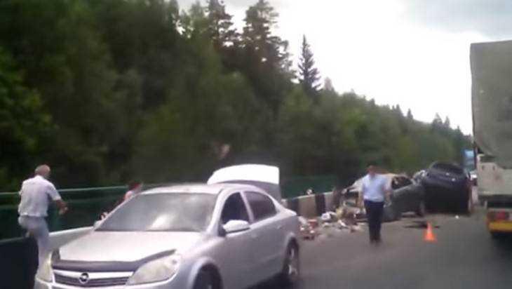 Трагедия на мосту под Брянском унесла жизнь 31-летнего водителя