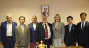 Брянские изборцы поздравили Александра Проханова с международной премией