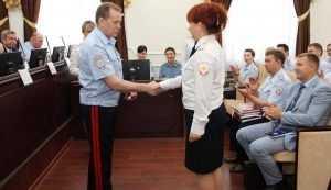 Заместитель главы МВД наградил брянских полицейских