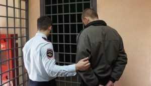 Полиция за 10 минут поймала брянца, ограбившего иностранца в кафе