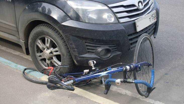 В Брянске на Речной водитель разбил лоб велосипедисту