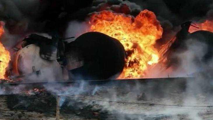 На асфальтовом заводе в брянском поселке произошел пожар