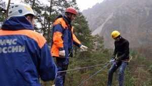 В горах возле Сочи спасли раненую туристку из Брянска