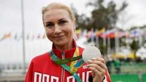 Брянского чемпиона дочь поздравила с юбилеем олимпийским серебром