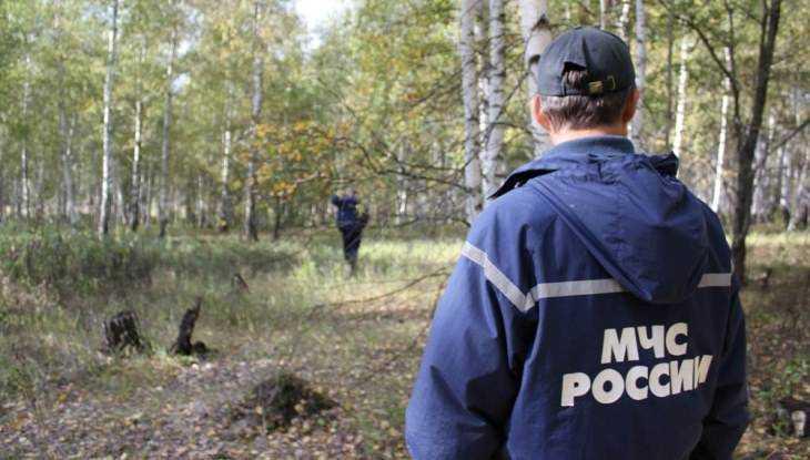 Спасатели нашли заблудившихся в лесу брянцев