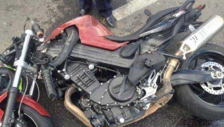 Скончался мотоциклист, угодивший под автобус в Брянске