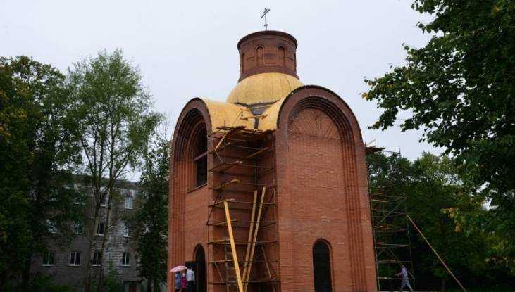 В Брянске освятят крест и купол храма на Кургане Бессмертия
