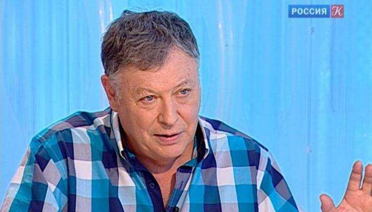 Писатель и телеведущий Игорь Волгин приедет в брянский Овстуг