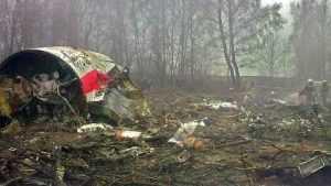 Разбившийся самолет президента Польши планировали направить в Брянск