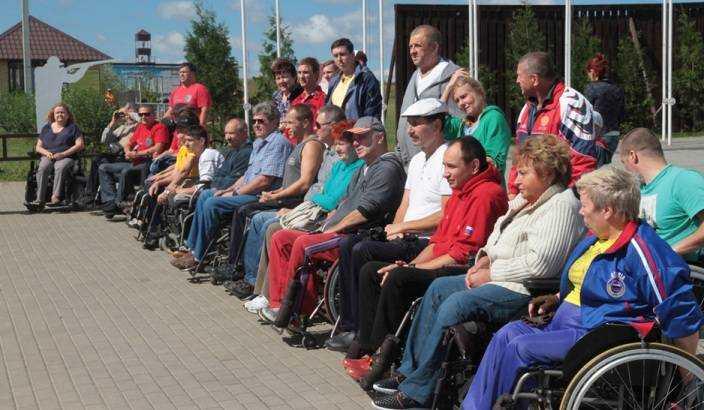 Брянских паралимпийцев поддержали стрельбой