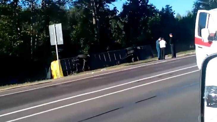 При столкновении автобуса и брянской «скорой» пострадали 11 человек
