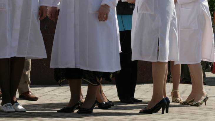 Брянских врачей обвинили в том, что они спутали аппендицит с инфекцией