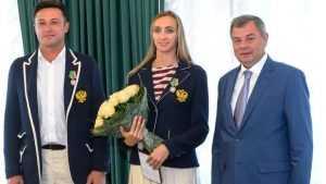 Бывшую брянскую волейболистку Екатерину Бирлову наградили в Калуге