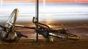 В Брянске «Форд» сбил молодую велосипедистку