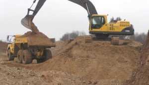 Брянские власти объявили войну нелегальным добытчикам ископаемых