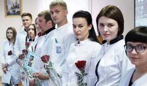Коллектив брянских врачей пополнила молодежь