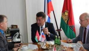 В Брянске латвийский депутат осудил санкции и похвалил дороги