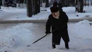 Убирать снег властям Брянска помогут заклинания