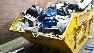 Брянцев заставят платить за вывоз мусора