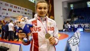 Брянская самбистка Елена Зайкина оказалась самой сильной