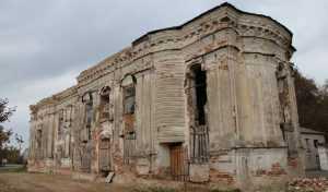 Брянское село Хотылево с его сокровищами превратилось в обузу