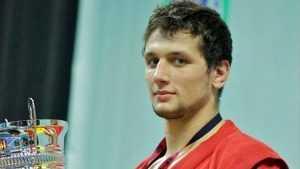 Брянский самбист Артем Осипенко стал пятикратным чемпионом мира
