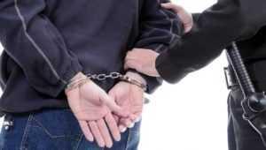 В Брянске поймали дерзкого грабителя, нападавшего на прохожих