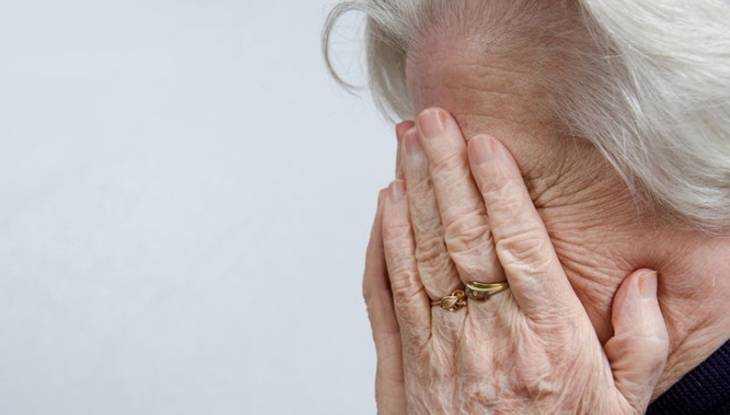 Лжеполицейский лишил 75 тысяч брянскую пенсионерку