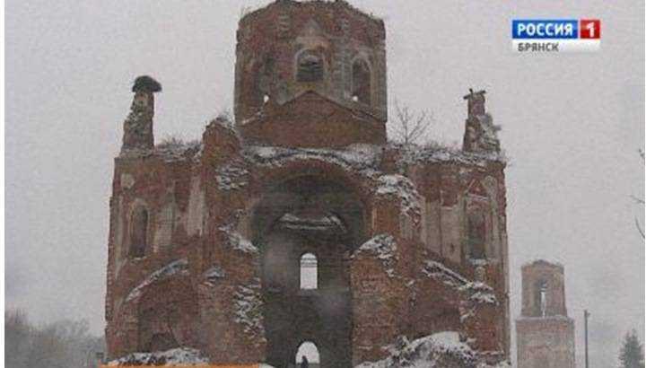 В брянском поселке начали восстанавливать старый монастырь